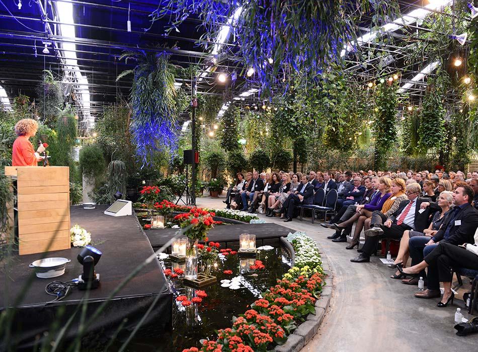 congres locatie plenaire opstelling podium vijver Arendshoeve Amsterdam